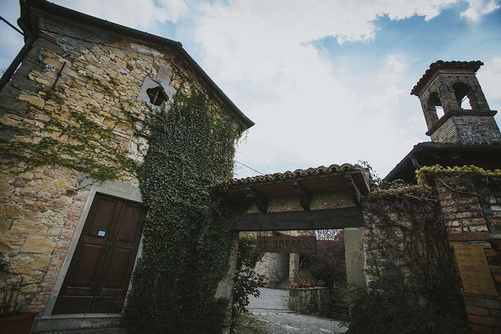 Il borgo medievale sede dell'agriturismo e della cooperativa La Quercia - Foto di Melissa Iannace