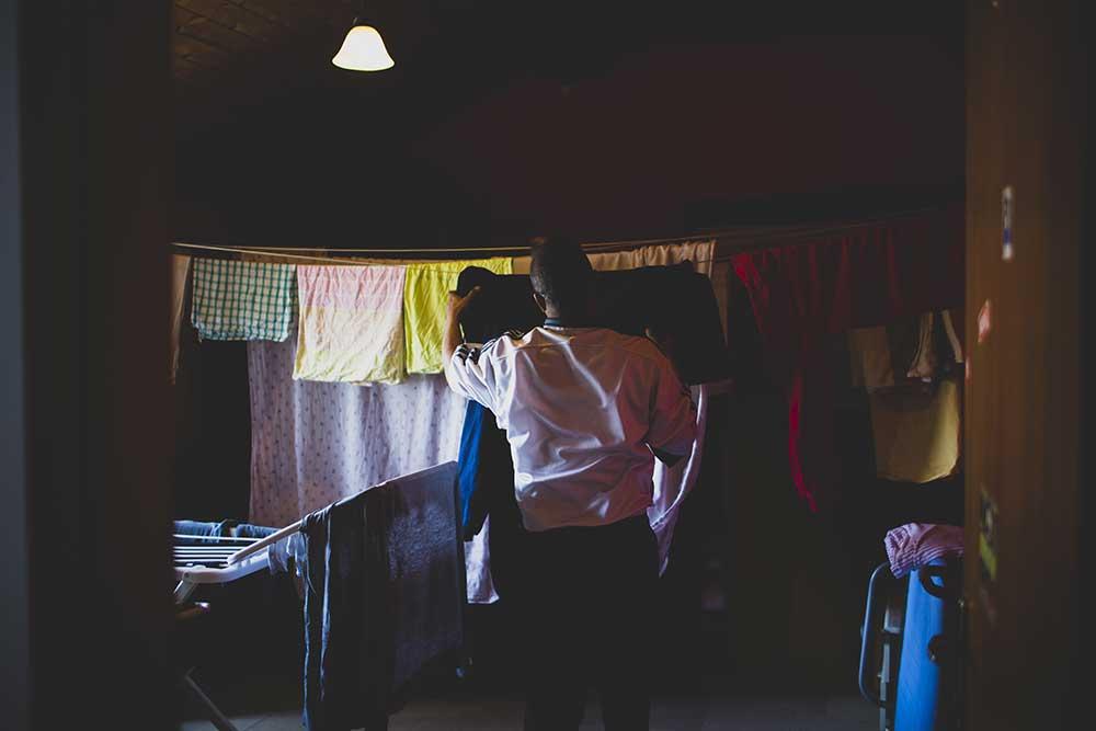 Sistemazione e riordino degli spazi comuni, la lavanderia - Foto di Melissa Iannace